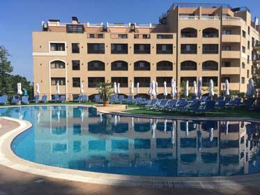 Hôtel Holiday Park 4*