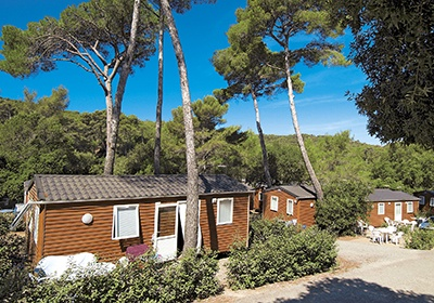 domaine residentiel de plein air la foret de janas seyne sur mer cote d 39 azur france avec. Black Bedroom Furniture Sets. Home Design Ideas