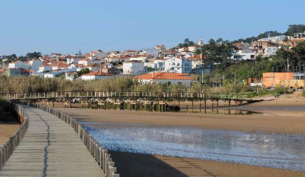 mon french club au portugal laguna beach 3 lisbonne portugal avec voyages leclerc travel. Black Bedroom Furniture Sets. Home Design Ideas