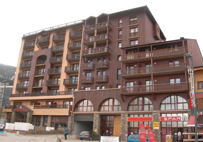Appartements le panoramic les angles pyrenees france - Panoramic les angles ...