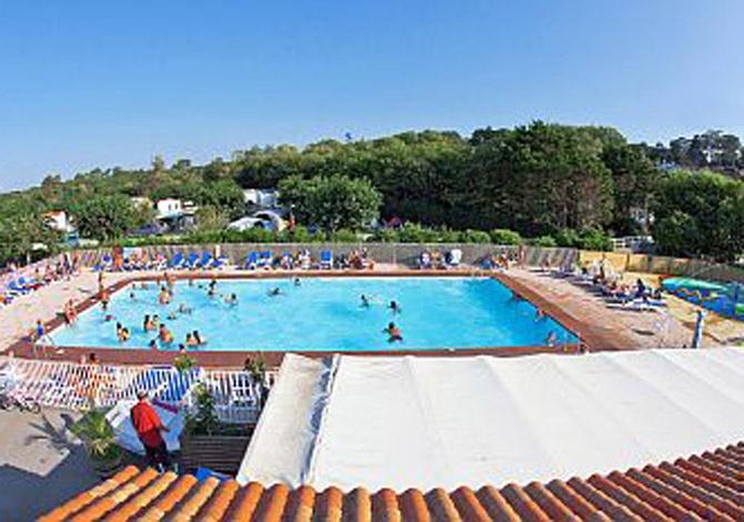Camping l 39 erromardie saint jean de luz atlantique sud for Camping saint jean de luz avec piscine