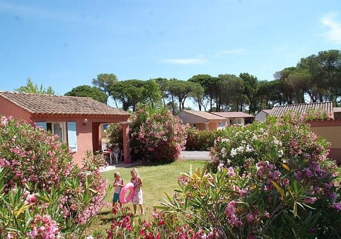 France - Côte d'Azur - Puget sur Argens - Camping Sunissim Parc Saint James Oasis Village 5*
