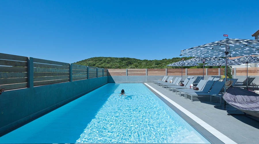Hotel le golfe piscine spa 4 porto pollo corse for Piscine spa lille