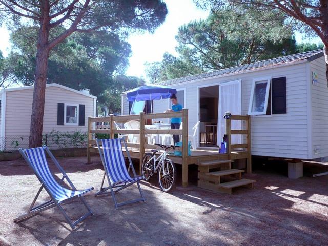 camping cypsela resort pals costa brava espagne avec voyages leclerc locatour ref 94547. Black Bedroom Furniture Sets. Home Design Ideas