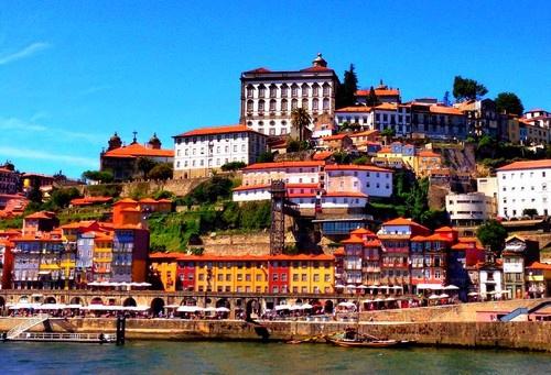 cap sur le portugal offre regionale leclerc portugal avec voyages leclerc ailleurs ref. Black Bedroom Furniture Sets. Home Design Ideas