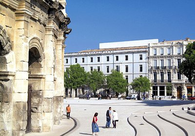 Nîmes - Appart'hôtel Le Cheval Blanc, Nîmes