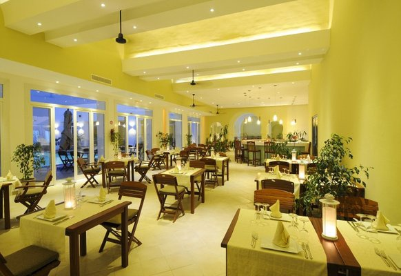 hotel les jardins de toumana 4 djerba tunisie avec voyages leclerc travel evasion ref. Black Bedroom Furniture Sets. Home Design Ideas