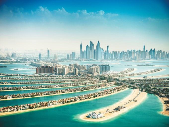 circuit emirats arabes unis pays de l 39 or noir emirats arabes unis avec voyages leclerc. Black Bedroom Furniture Sets. Home Design Ideas