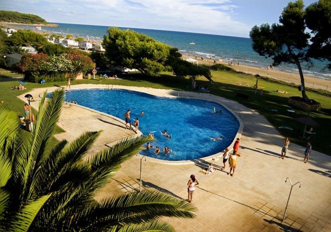 Camping las palmeras tarragone costa dorada espagne - La contemporaine residence de plage las palmeras ...