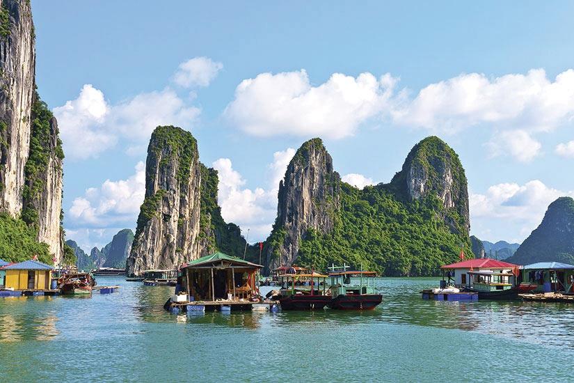 circuit du delta du mekong a la baie d 39 halong vietnam avec voyages leclerc national tours ref. Black Bedroom Furniture Sets. Home Design Ideas