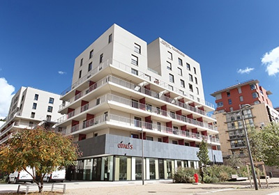 Hotel residence confluence lyon sud est et provence for Appart hotel sud est france