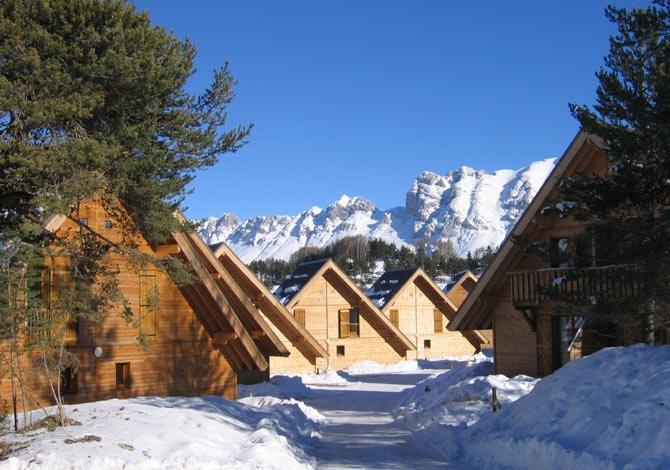 Residence les flocons du soleil la joue du loup alpes france avec voyages leclerc locatour - Joue du loup office du tourisme ...